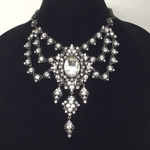 Tasha Crystal Swag Statement Necklace (G1)